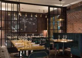 Bovine餐厅 | Bruce James & Juan Pablo Gallegos