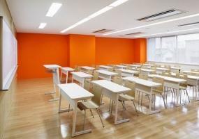日本彩色厨师学校 / Emmanuelle Moureaux