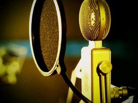 【扮家家FM】你的声音里,藏着我童年的影子