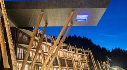 品竹酒店设计:这是一家有悬空泳池的酒店设计