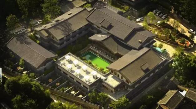 品竹设计:看看这家非藏式酒店设计