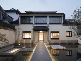B.L.U.E.建筑设计    延续老宅原有的精神和空间体验
