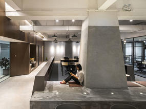 海汇联合办公空间设计   功能分区之间无明显分隔的开放空间